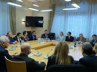 Депутаты Госдумы от СПРАВЕДЛИВОЙ РОССИИ встретились с делегацией из Италии