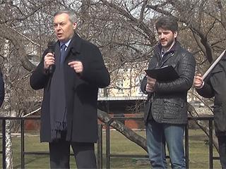 На митинге против точечной застройки москвичи потребовали проведения публичных слушаний