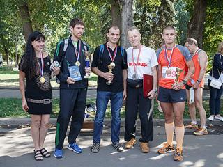В Парке Горького состоялся марафонский забег, приуроченный к 75-летию известного спортсмена, члена СР Андрея Чиркова